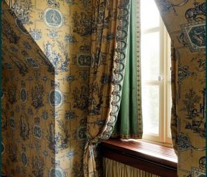behangwerken en gordijnen op maat
